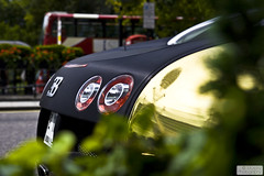 golden Veyron (Murphy Photography) Tags: uk london car speed golden foil hilton bugatti londen veyron arabs goldencar