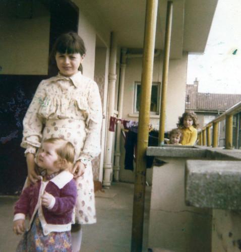 Margaret Arthurs, Kerrianne Russell, Strone Road, Cranhill, 1980.