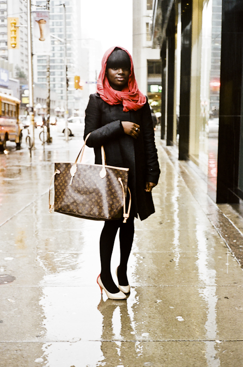 In the Rain, Toronto Street Fashion @ Bloor St. W. and Bay St., Toronto