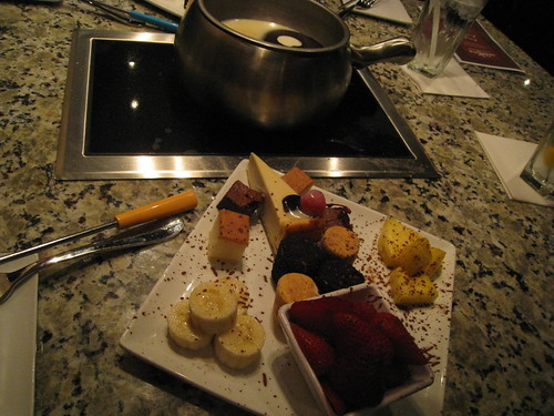 The Melting Pot of Edmonton is a fondue restaurant that specializes in capturing the ultimate dining experience. Established in , we strive to provide the perfect night out for every guest/5().