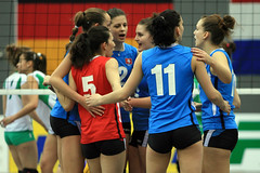Volleyball EM-Qualifikation Juniorinnen U19 (Robi33) Tags: sport ball schweiz team action basel match volleyball turnier spiel schiedsrichter netz frauen meisterschaft zuschauer bulgarien stjakobshalle emqualifikation juniorinnenu19