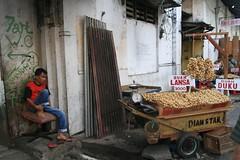 Seller, Manado (Tom Spender) Tags: sulawesi seller manado fruite