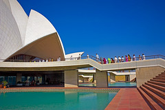 Lotus Temple - Sideview (kalsnchats) Tags: blue india white architecture temple tourists queue sideview newdelhi lotustemple kalpana chatterjee kalsnchats
