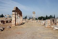 Decumanus in Anjar (Eusebius@Commons) Tags: city lebanon architecture ancient ruins day columns arabic clear arab umayyad tetrapylon anjar decumanus