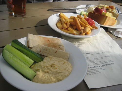 yummy pub food at spaniards in pub by hampstead heath