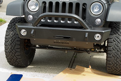Jeep-LiftTiresBumper-0698