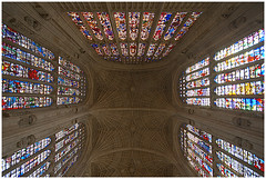 King's College Chapel fan vaults, Cambridge (Samuel_Mather_Photography) Tags: uk cambridge college glass architecture fan nikon d70 interior chapel stainedglass stained kings handheld hdr highdynamicrange vaults kingscollegechapel vaulting