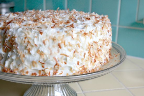 Coconut Cake w/ Lime Curd 550