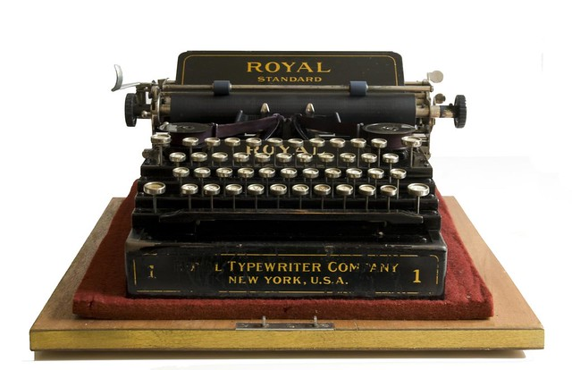 Royal Standard 1 typewriter