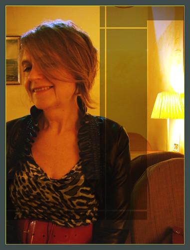 077 - Ania in Yellow