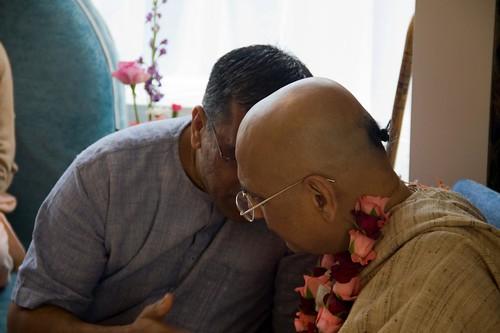 H H Bhakti Caru Swami 2010 - 0019 por ISKCON desire tree.
