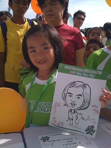 caricature live sketching for Cold Storage Kids Run 2010 - 6