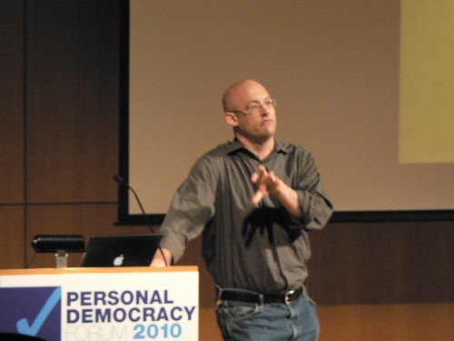 Clay Shirky speaks at PDF2010