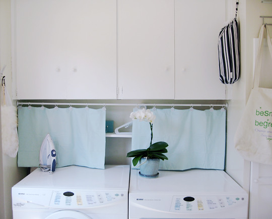 laundry room+white+aqua -3-1
