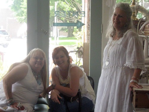 Debbie, Robelyn and Linda