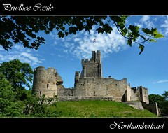 (jacqui 006 (catching up)) Tags: northumberland pietra castello rudere supershot prudhoecastle saariysqualitypictures bestofmywinners