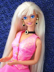 Cut N' Style Barbie 1994 (Chicomttel) Tags: cut n barbie style 1994 mattel inc