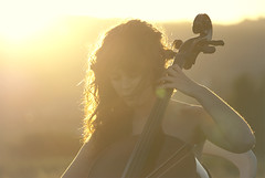 Cello Suite n1 in G Major. Part I, praeludium. J.S Bach (Aleattha) Tags: sol atardecer cuerda cello msica arco chelo violoncello