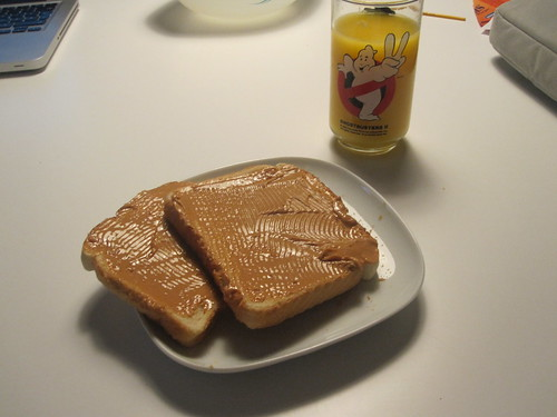 Toasts with PB, orange juice
