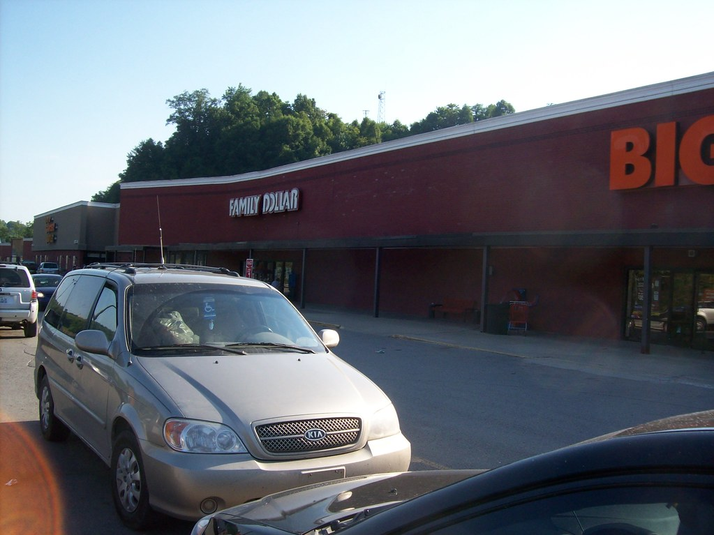 Hazard, KY Family Dollar (former Rose's)