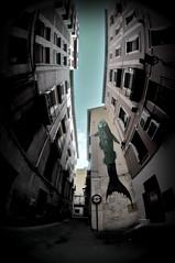 FishEye (RominikaH) Tags: street fish eye art graffiti calle arte fisheye zaragoza aragon urbano graff 8mm balcones peleng roa ojodepez cascohistorico zgz rominikah 5ºasalto