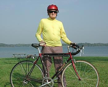 Washington man rides his bike more than 3,000 miles - at age 90