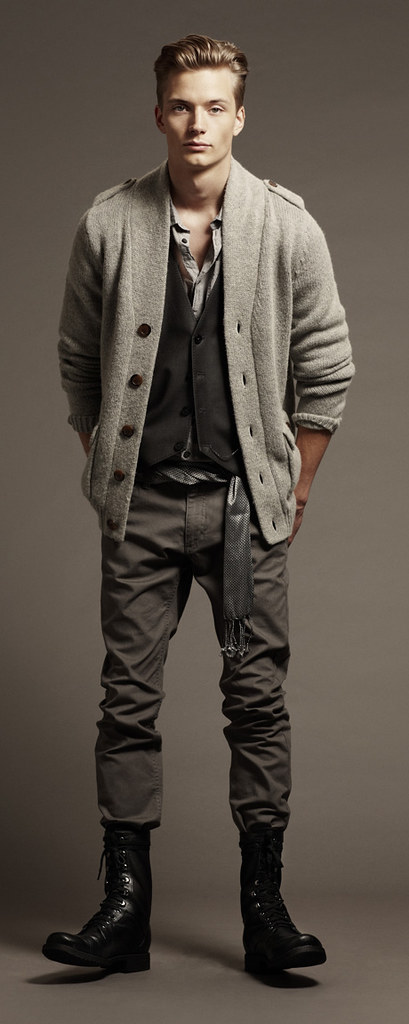 H&M FW10 Style Guide0012_Linus Gustin