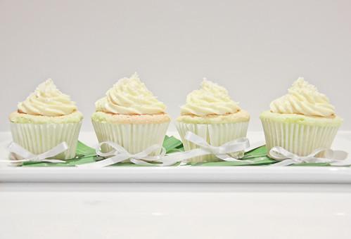 Pandan Chiffon Cupcakes-5