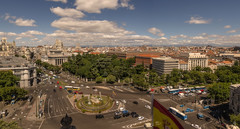 Mañanas de Madrid. (Amparo Hervella) Tags: madrid españa spain paisajeurbano nube arquitectura calle edificio color d7000 nikon nikond7000 panorámica