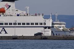 321 - Split, Croatie, Mai 2017 - dans le port (paspog) Tags: split croatie croatia mai may 2017 port hafen