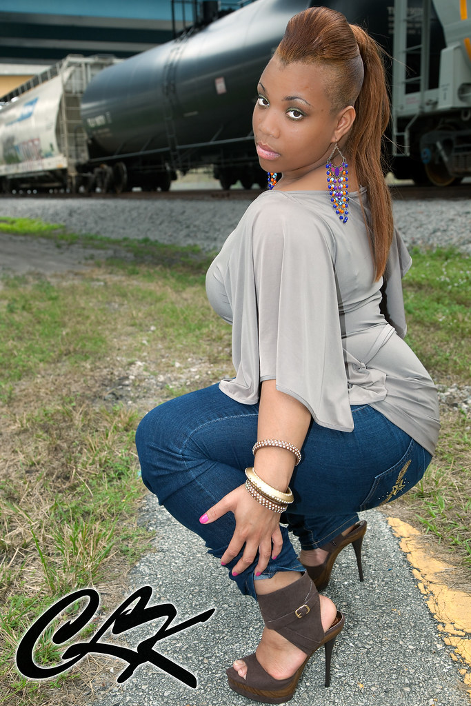 Redbone Thick Girls Pic