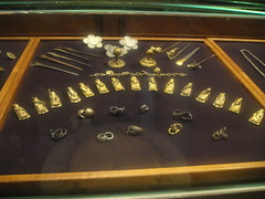 Jewelry carved by ancient goldsmiths