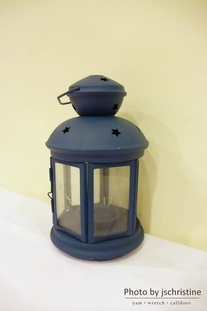 桌上的燭燈