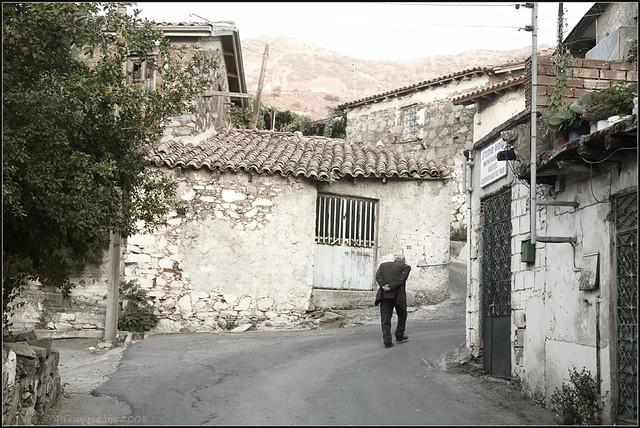 Farmakas village