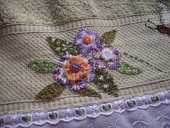 DETALHE Toalha rosto jg Claudete e Ademar (*Sonhos e Retalhos Ateli*) Tags: fuxico patchwork decorao letras bordado costura patchcolagem toalhadebanho toalhaderosto
