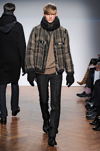 Taras Koltun3032_FW10_Milan_Pringle of Scotland(nikestav10@mh)