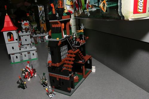 LEGO Toy Fair 2010 - Kingdoms - 7947 Prison Tower Rescue - 08 by fbtb.
