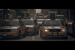 [The 6th serie] Yellow Fordism (- Loomax -) Tags: street urban newyork cars daylight manhattan cinematic 6thavenue warmcolors cinemascope yellowcabs the6thserie