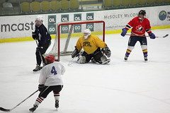 DPP_5Dmk2_0005444 (rsgdodge) Tags: winter usa ice hockey burlington vermont unitedstates icehockey pickup uvm 2010 gutterson guttersonfieldhouse 5dmkii canoneos5dmkii 5dmk2 canoneos5dmk2