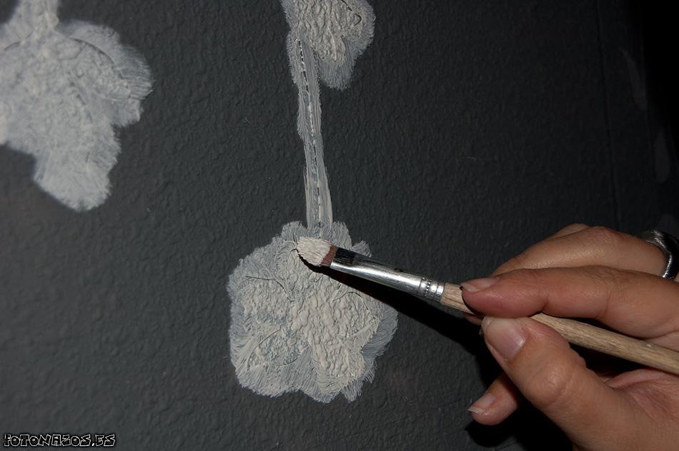 Pintar vinilos decowalls de bruguer sobre gotel for Vinilos para gotele