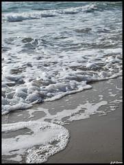 Castelldefels beach (J U A N M I 9 2 ·) Tags: barcelona sea beach water mar spain agua playa catalonia catalunya aigua cataluña platja espuma castelldefels mediterranio espanya mediterrani