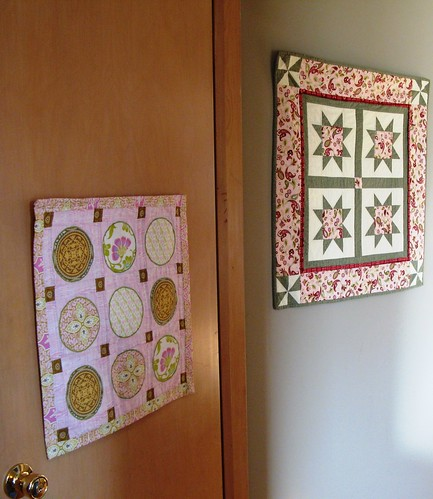 mini_quilts_hung2