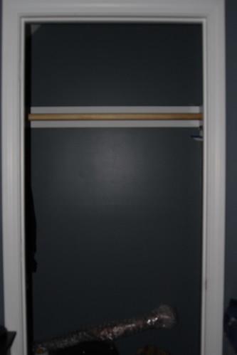 IMG_7599_closet_pole