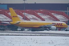 G-BIKP - 22188 - DHL Cargo - Boeing 757-236SF - Luton - 091221 - Steven Gray - IMG_5367