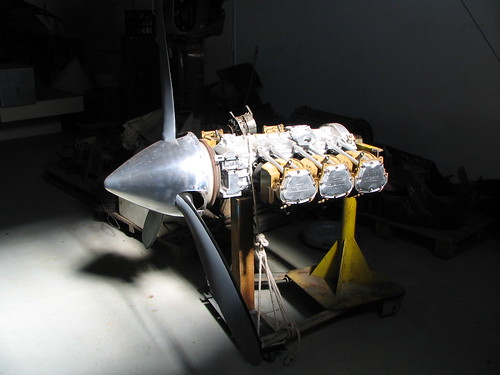 Lycoming Engine Rebuild at the AHSNT Workshop March 2005