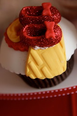 Ruby Slippers (jdesmeules (Blue Cupcake)) Tags: tower dorothy oz lion cupcake toto tinman strawman goodwitch landofoz wizardofox