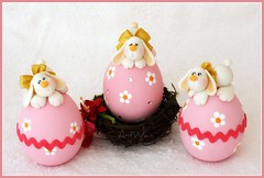 Huevos de Pascua / Uova di Pasqua (ArtWen) Tags: easter conejo polymerclay huevo picnik porcelanafria coldporcelain pastadimais artwen