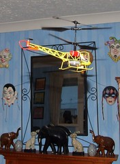 Bell 47 model helicopter (Elsie esq.) Tags: radio model control bell flight helicopter 47 hover rotor