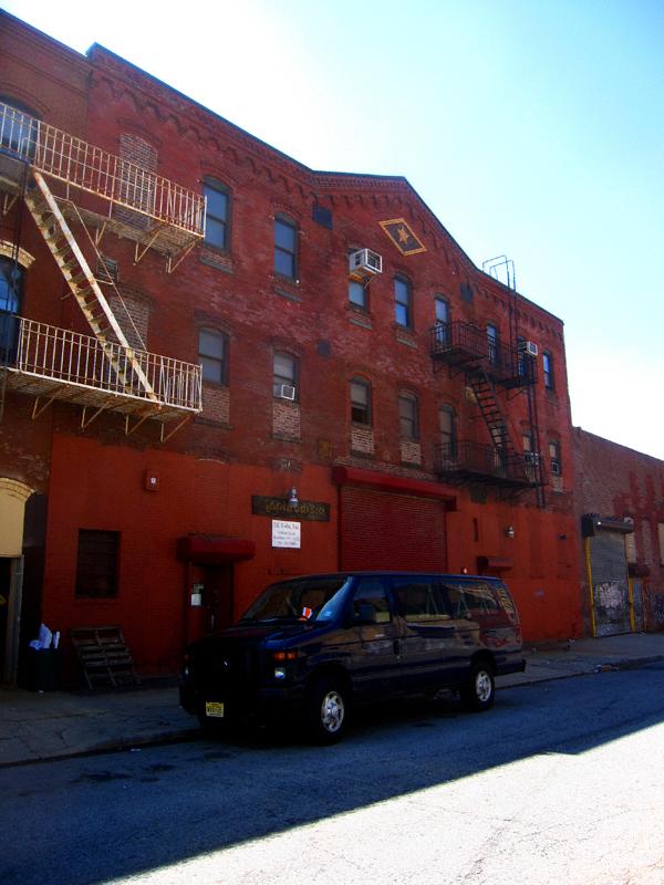 74 Kent Street
