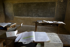 """DSC_5581_classroom_janes • <a style=""""font-size:0.8em;"""" href=""""http://www.flickr.com/photos/35665144@N00/4504766065/"""" target=""""_blank"""">View on Flickr</a>"""